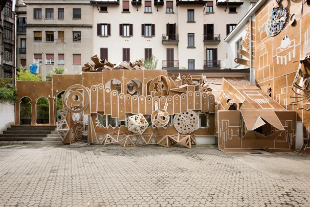 Pop-Up Building Milan