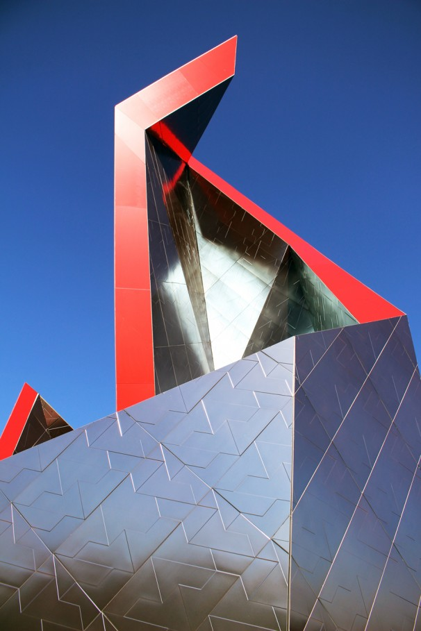 Ceramic Crown di Daniel Libeskind