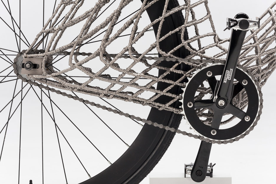 arc-bicycle-students-tu-delft-3d-printed-stainless-steel-netherlands_dezeen_936_5